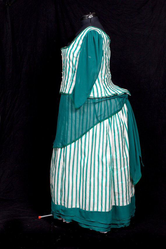 High Quality Historical Victorian Bustle Day Green Shiffon Dress Custom Sized Theatre Dress Queen Dress
