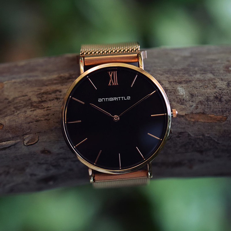 Japan Quartz Minimalist Watch Women Luxury Rose Gold Black Roman Thin Mesh Stainless Steel Magnet Band Wristwatches Antibrittle