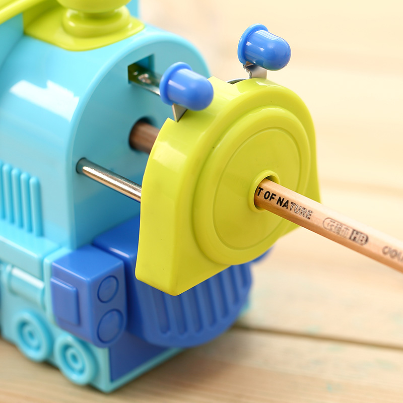1 Pc ABS Plastic Pencil Sharpeners For Students Cartoon Train 138x80x116mm Mechanical Pencil Cutting Machine Deli 0622