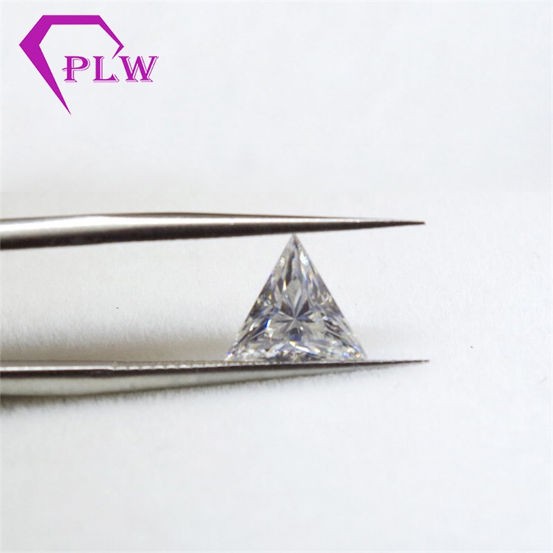 Hot sale price test positive triangle moissanite  2carat 8 mm D color gem stone for bracelet  ring earring from Provence jewelryHot sale price test positive triangle moissanite  2carat 8 mm D color gem stone for bracelet  ring earring from Provence jewelry