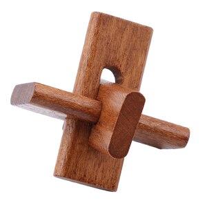 Image 5 - Houten Kong Ming Lock Game Speelgoed Voor Kinderen Volwassenen Kids Drop Verzending Iq Brain Teaser Elkaar Grijpende Burr Puzzels