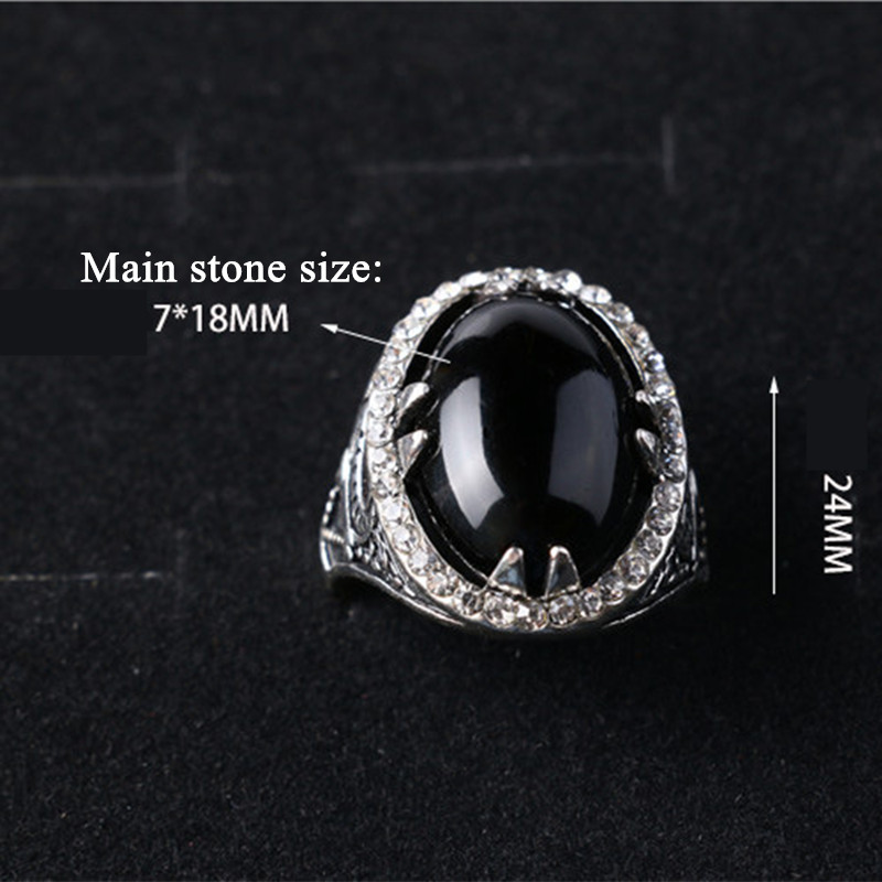 2018 new Luxury Court Rings garnet finger ring simple and stylish atmosphere of the Lady models