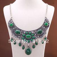 Unique Design Vieux tibet argent fleur cou inlay ovale vert perle accessoire balancent pendentif chaîne collier