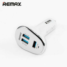 Universal Remax Mini 2.4A Car Lighter Slot 3 USB Car Charger for Samsung Huawe Xiaomi iPhone iPad iPod Cell Phone Travel Adapter