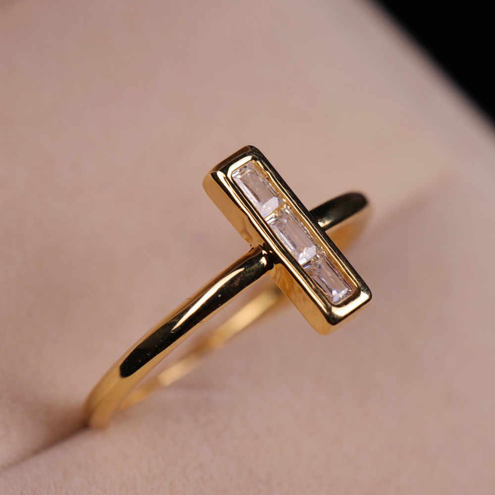 แฟชั่นบุคลิกภาพ Cross สีขาว Sapphire แหวนซ้อนกันแหวนเงิน/ทอง/Rose Gold Plated แหวนผู้หญิงขนาด 6-10