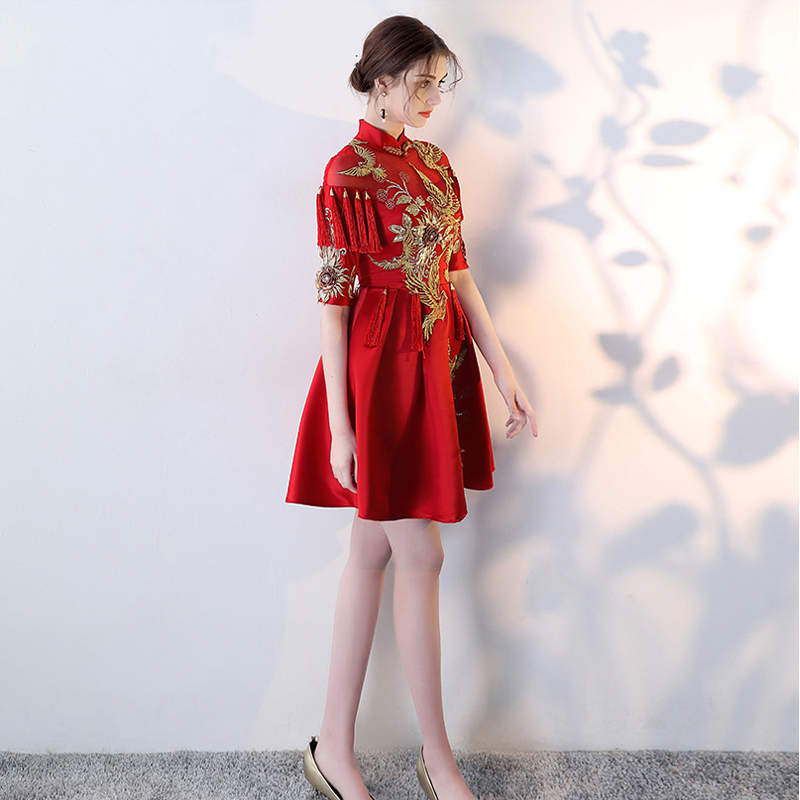 New Vintage Celebrity Dresses vestido de festa 2018 Plus Size Half Sleeve  Embroidery Red Carpet Dresses Sereia Dress Elegent -in Celebrity-Inspired  Dresses ... 305da8b81448