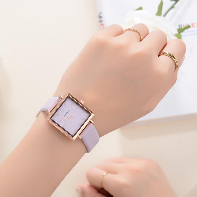 Reloj de mujer cuadrado, reloj de pulsera de cuero ,cuarzo.