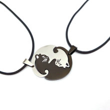 hzew cute Couples Jewelry animal Necklaces Black white Couple Necklace cat Pendants Necklace(China)