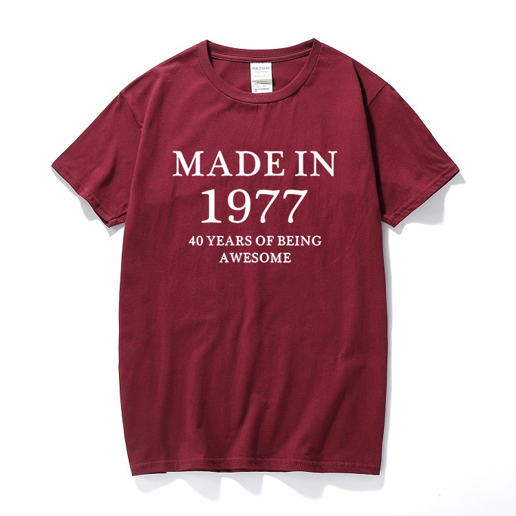 Birthday Age Vintage Born Gifts Present For Men Husband Dad Fathers Day Made in 1977 40 Years Of Being Awesome T-shirt T Shirt