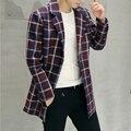 Otoño Invierno Para Hombre Abrigos de Trinchera Larga 2016 de Moda de Calidad Clásico Plaid Chaquetas Patchwork Solo Pecho Slim Fit Prendas de abrigo