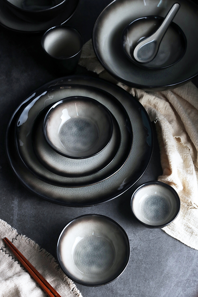 Smoke & Ash Dinnerware
