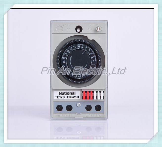 The timer TB178 time controller mechanical switch on the clock