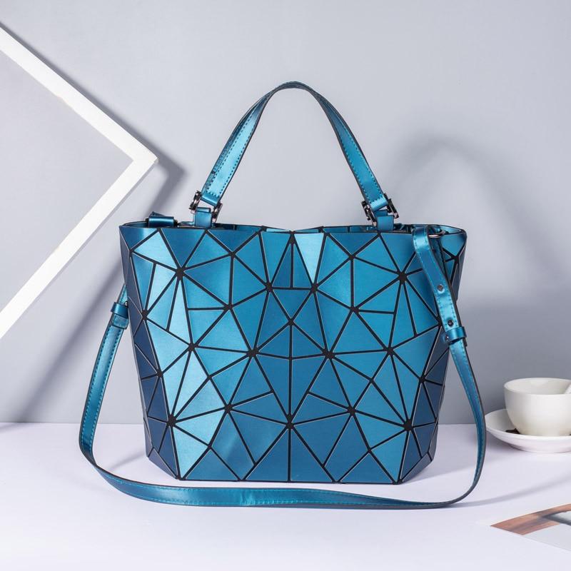 Image 5 - New Women Bags Luminous Handbag Plain Folding Geometric Messenger Bag Female Tote Casual Hologram Women Shoulder Bags Bao Bag-in Shoulder Bags from Luggage & Bags