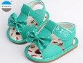 2017 novos dos desenhos animados bowknot bebê meninas sandálias de verão 0-12 meses da criança recém-nascidos shoes moda infantil princesa shoes box embalagem