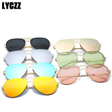 1df11cca30ad0 LYCZZ Clássico Marca Óculos De Sol Das Mulheres Dos Homens de Moda Retro  Armação de Metal Espelho Película de Cor Piloto Óculos .