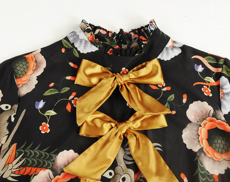 bfe4acf461e96 US $59.0 |runway designer women's plus size dresses Imitation silk dragon  print floral gold bow knot knitted bow pleated ruffles dress-in Dresses  from ...