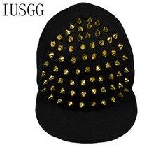 Oro remaches negro Hip Hop Nightclub C hombres mujeres gorras de béisbol  Unisex Snapback algodón estilo americano europeo moda s. 738b3070d96