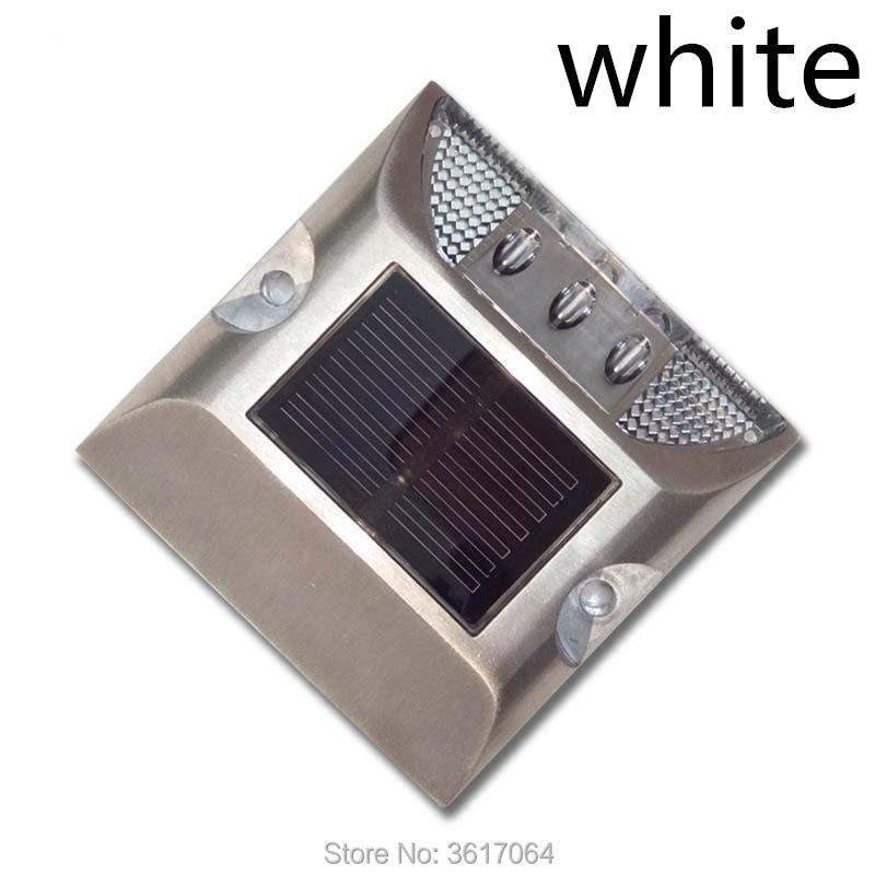 Solar road signs LED deceleration solar reflective spike spike single traffic facilities factory все цены