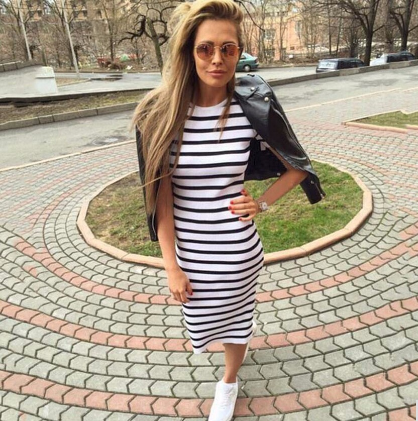 2017 Summer Clothes Black And White Striped Dress Round neck Casual Slim Robe Short Sleeved Street