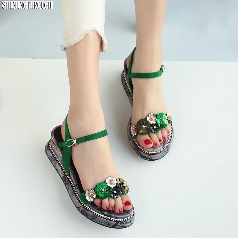 Ayakk.'ten Yüksek Topuklular'de Kadın takozlar Sandalet çiçek kız ayakkabı kadın Yaz tarzı yüksek topuklu platform rahat ayakkabılar Kadın'da  Grup 1