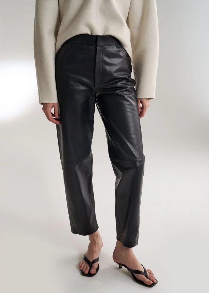 Moda kobieta czarny Novara skórzane spodnie skręcone szew przycięte spodnie boczne kieszenie z prawdziwej skóry 2019 jesień zima w Spodnie i spodnie capri od Odzież damska na  Grupa 1