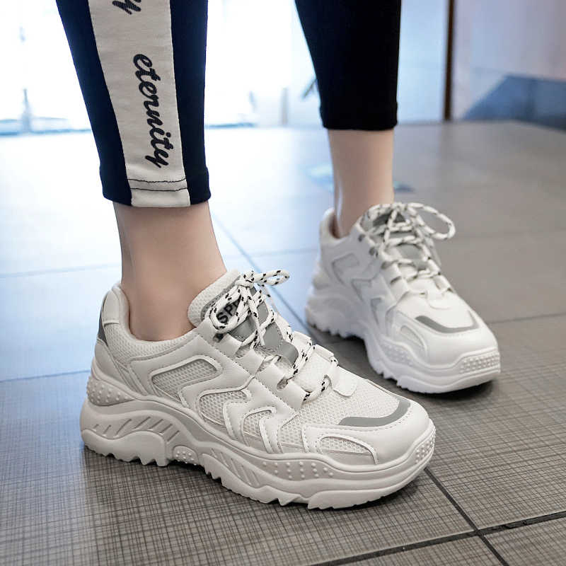 3f762f7b124e1 2019 Autumn Women chunky Sneakers Vintage Fashion Breathable Casual Shoes  chaussure femme Lace-up Flat