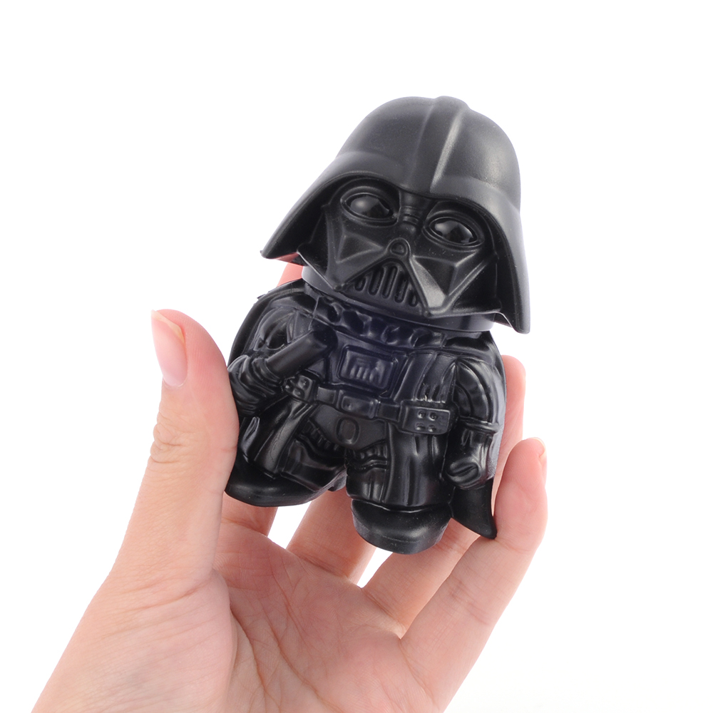 4pcs/lot Star Wars Darth Vader Plastic Herb Grinder Weed 3 layer Zinc Alloy Tobacco Grinder Toys For Smoking