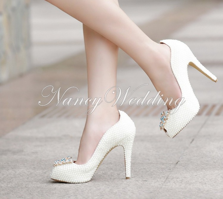 Peep Toe Ivory Shoes 012