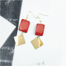 Free shipping South Korea's temperament is the red square wood geometry contracted splicing fashionable women stud earrings