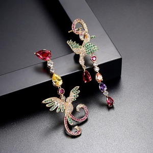 Image 4 - LUOTEEMI delicato splendido sontuoso multicolore a forma di fenice orecchini pendenti lunghi regalo per ragazza amica moglie mamma festa di anniversario