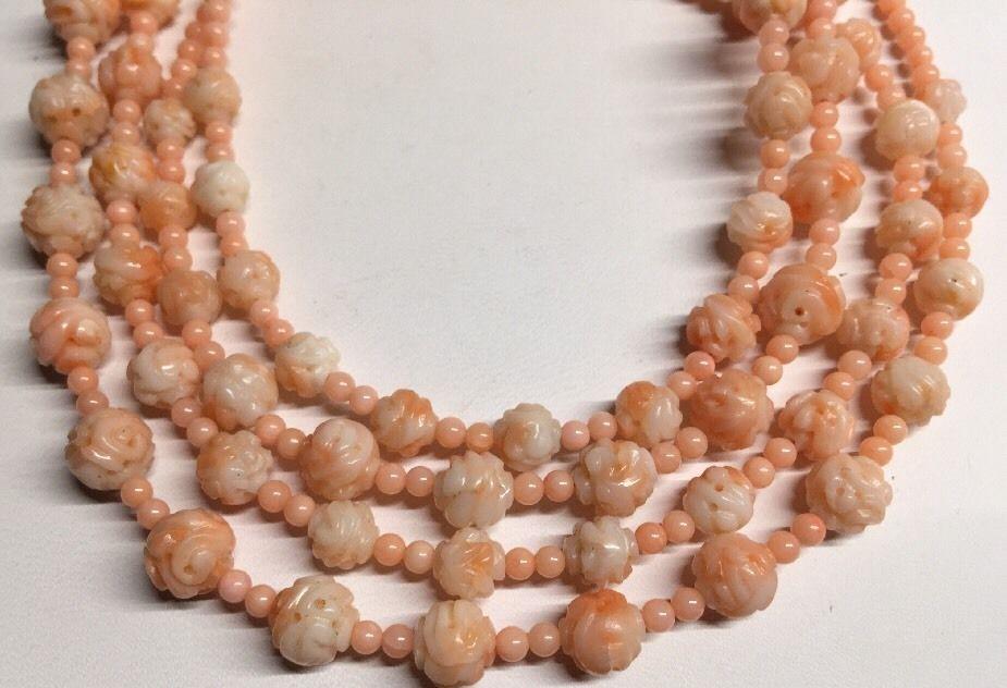 VENTE CHAUDE-1021 Chinois Véritable Naturel Peau D'ange Perle De Corail Collier Sculpté Dragons-Top qualité livraison gratuite