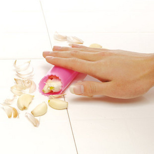 Free shipping Super magic kitchen gadgets DIY tools silicone garlic peeling mach