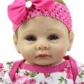 Baratos Brinquedos Do Bebê Boneca 22 Polegada de Silicone Renascer Baby Doll Lifelike Boneca Reborn Bebês Artesanais Princesa Boneca de Presente de Natal