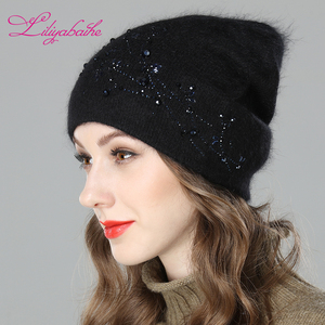 Image 2 - LILIYABAIHE נשים סתיו וחורף כובע אנגורה סרוג Skullies בימס כובע diamante פריחת קישוט כובעי עבור בנות
