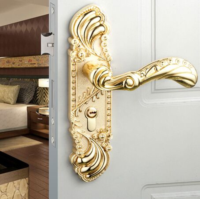 Engraved solid wood door lock interior European style bedroom door lock bathroom mute mechanical handle lock golden bronze black european style retro quiet mechanical interior door lock ivory white bedroom study kitchen bathroom solid wood door lock handle