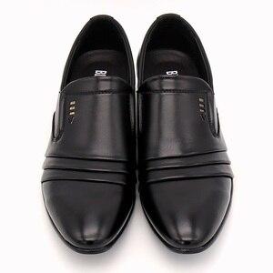 Image 2 - BIMUDUIYU marque PU cuir mode hommes robe daffaires mocassins pointus noir chaussures Oxford respirant formel chaussures de mariage