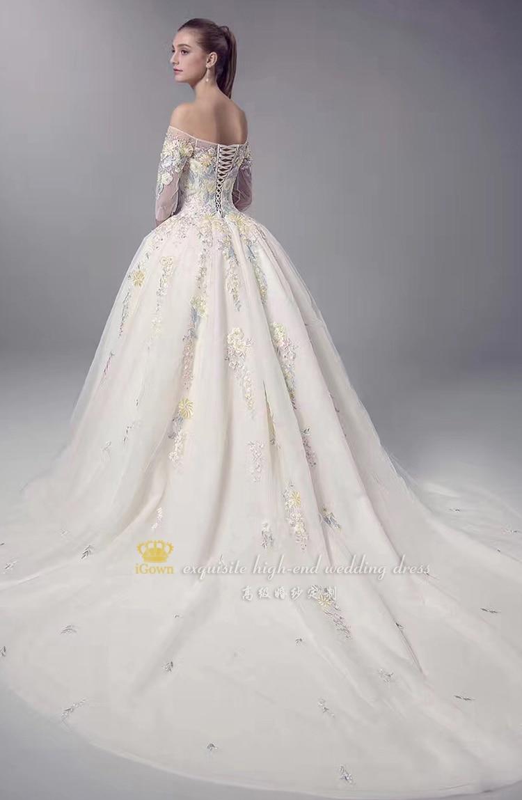 12895ac24724 Igown marca boat neck abito da sposa colorati fiori di pizzo elegante corte  dei treni abito da sposa personalizza vestido de noiva in Igown marca boat  neck ...