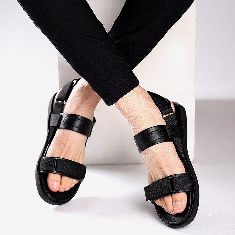 Homens Black E Juventude Moda Da Fundo Coreana Selvagem Sapatos Praia Versão Confortável Sandálias Macio Leve Tendência Dos 2019 Respirável zgwxff