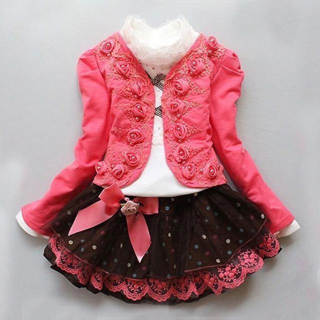 2017 Primavera Outono Nova Moda Infantil Roupas Meninas Floral Vestido de Terno Crianças Princesa Rendas Três-Conjuntos de peças