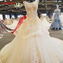 00265 Lace Applique Elegant Wedding Dress Long Tail Flowers