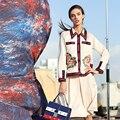Белый ПР Моды Twinset 2017 Осень Женщины Turn Down Воротник Вышивка Полный Рукав Топ + Случайные Элегантные Наборы