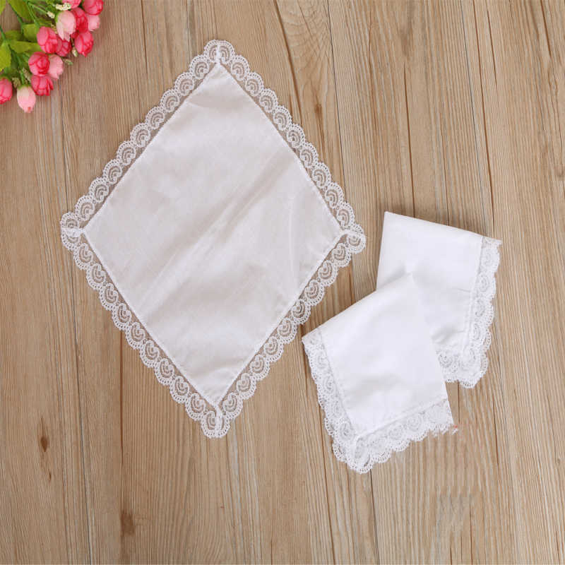 12pcs/pack Personalized White Lace Handkerchief Woman Wedding Gifts Wedding Decoration Cloth Napkins Cleaning Tools