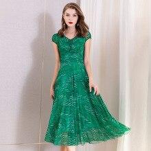 Brand new   2019 summer runways beading diamonds V neck dress Fashion women's green dress A267