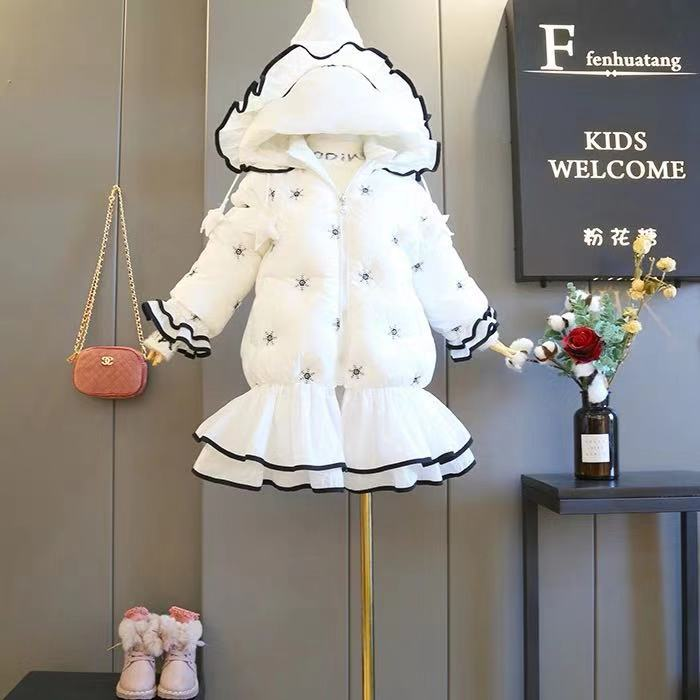 Children's cotton 2018 new embroidered snowflake stars in the long section of the coat female treasure warm Princess jacket недорго, оригинальная цена