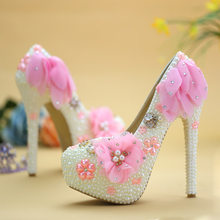 Rhinestone High Heels Crystal Wedding Shoes Pink Pearl Lace Flowers Bride  Shoes Woman Banquet Plataformas Mujer Pumps Ladies Sho aea4da02458a