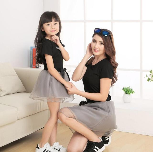 3c690d0e77 Fashion Family Matching Outfits Mother Daughter Dresses Family Clothing Mom  and Daughter Matching Dress Clothes HOT