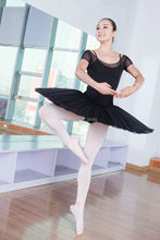 Mulheres de Cor Preta Metade Ballet Tutus Dança Trajes de Ensaio Para venda Ballet Saia Tutu 8 Camadas de Tule Rígido Com Calças AH1005A
