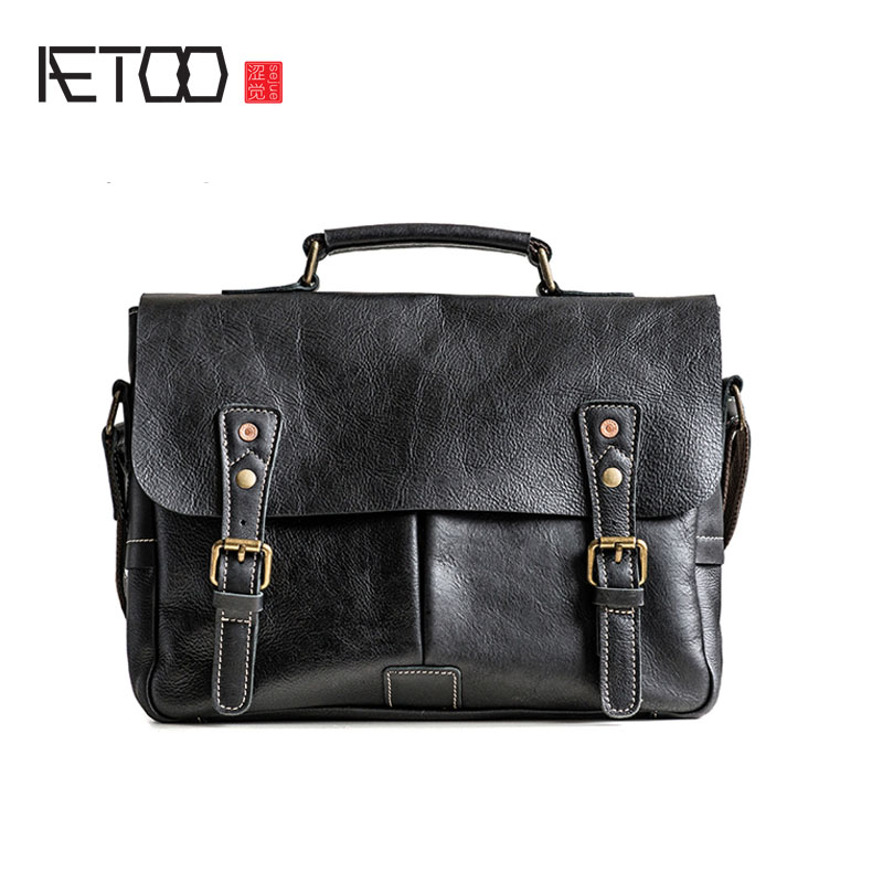 AETOO First layer of vegetable tanned leather retro postman bag handbag male leather shoulder Messenger bag polo women golf club clothing bag handbag nylon first layer of leather