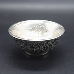China's folk old Tibet silver Carved Engraving pattern Silver bowl