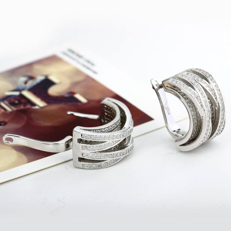 Round Earrings 05